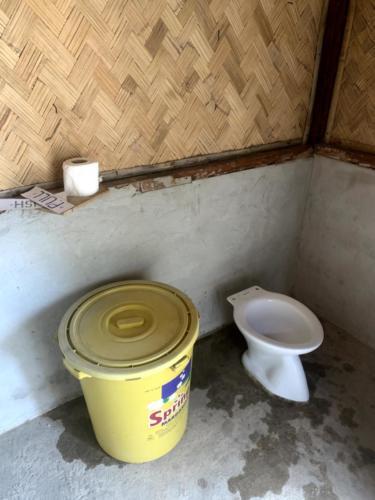 El Nido Paradise Tour Toilet